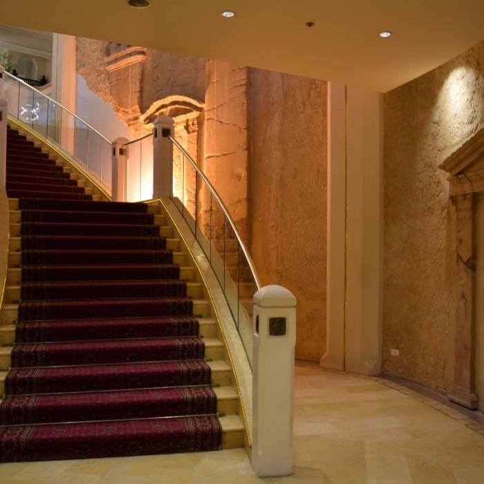 מדרגות המלון הרודס פאלאס אילת