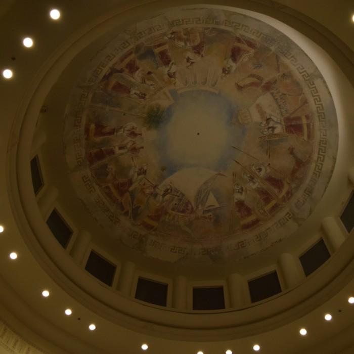 עיטורים בתקרה מלון הילטון אילת