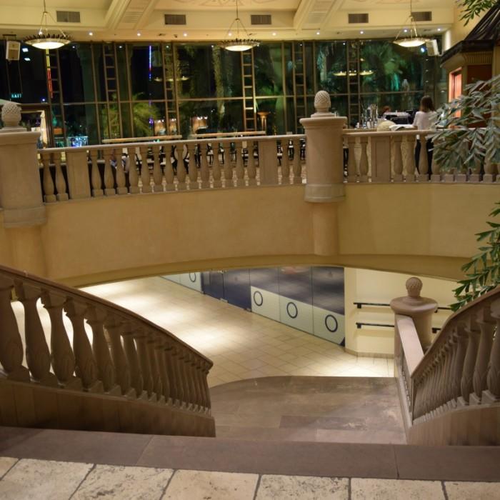 מדרגות מלון הילטון אילת