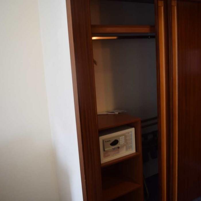 ארון וכספת החדר מלון הילטון אילת