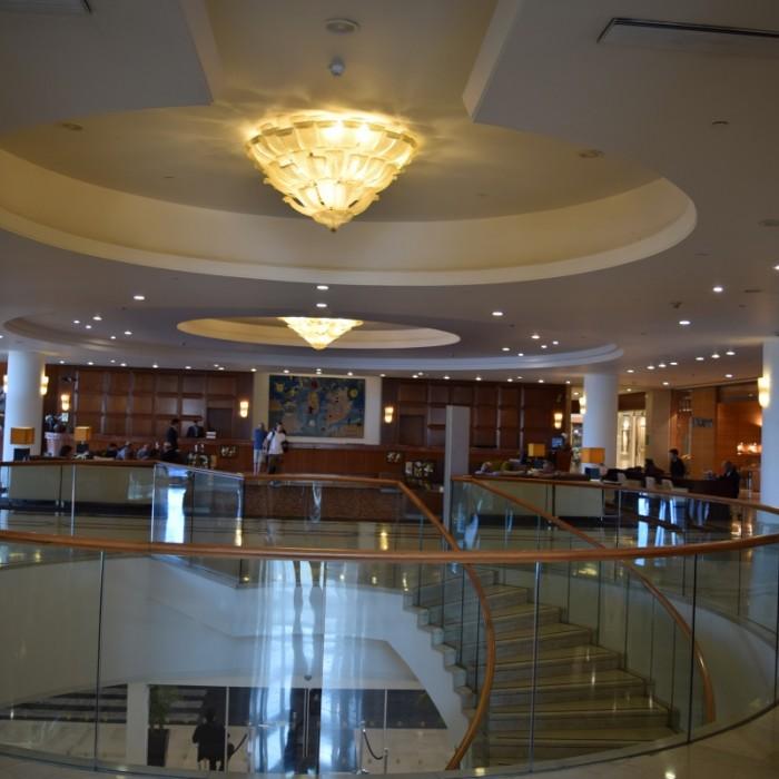 הכניסה למלון מלון דיוויד אינטרקונטיננטל תל אביב