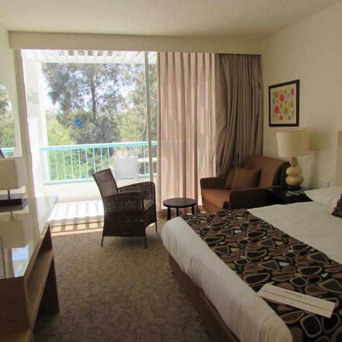 החדר ביום מלון ישרוטל ים סוף אילת