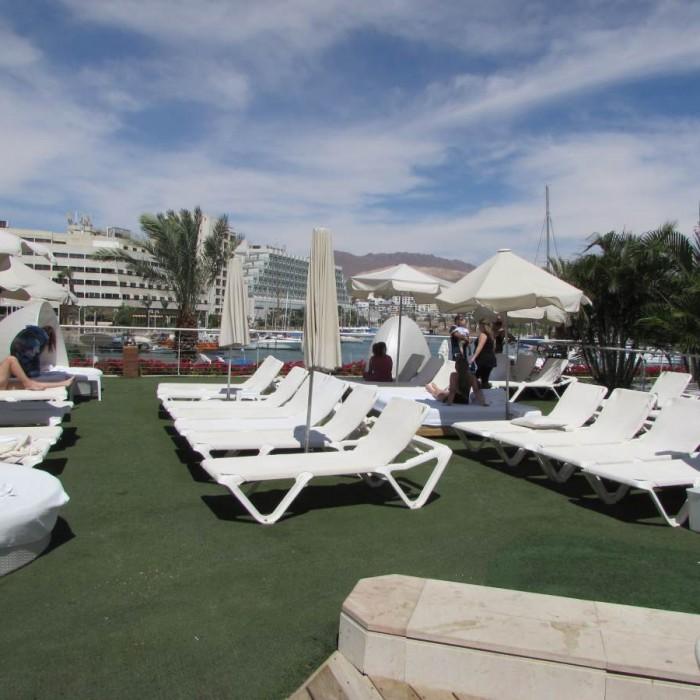 מקומות לשבת הבריכה מלון המלך שלמה