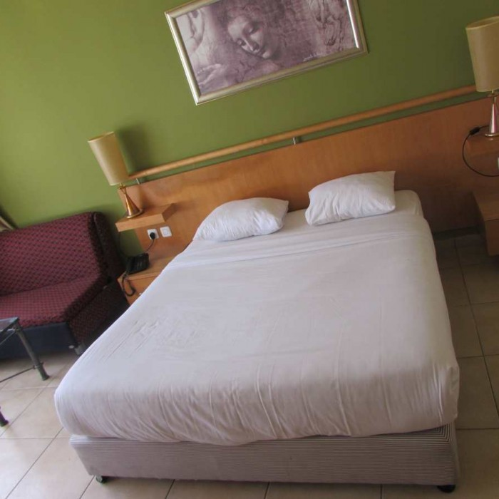 המיטה החדר מלון לאונרדו קלאב אילת