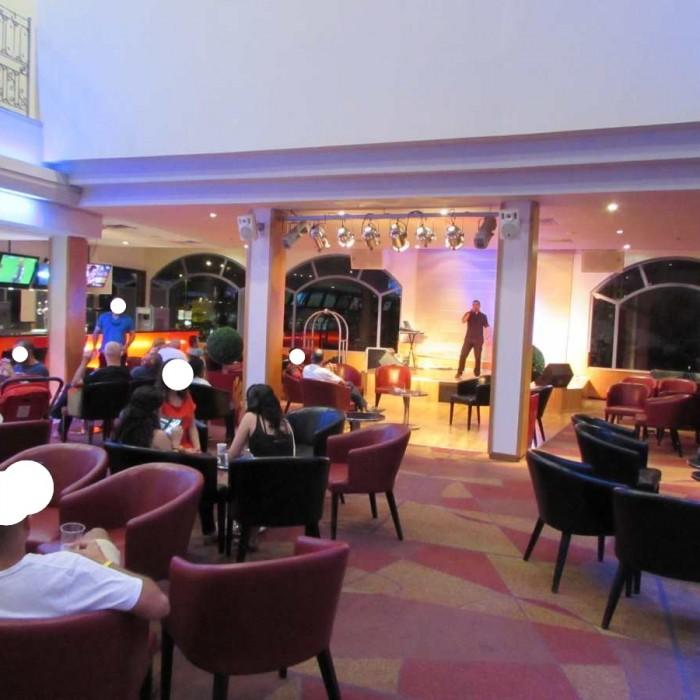הופעה בלובי מלון לאונרדו פריוילג' אילת