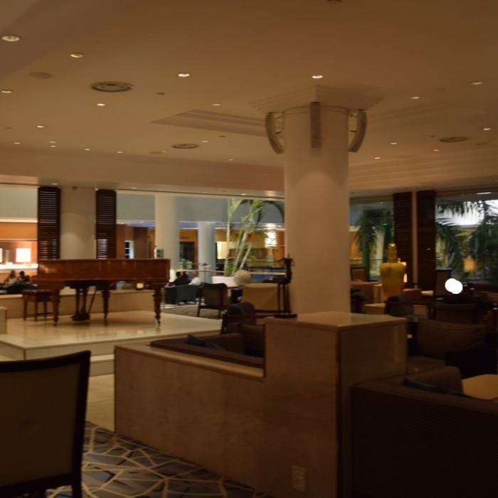 הלובי מלון רויאל ביץ אילת