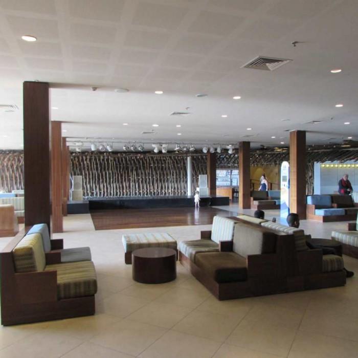 הלובי מלון יו קןרל ביץ אילת