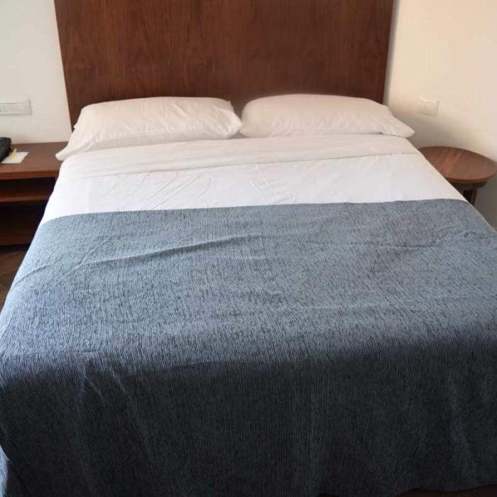 המיטה מלון יו קןרל ביץ אילת