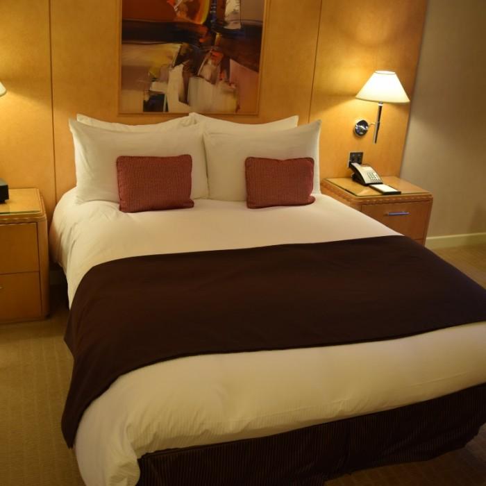 המיטה מלון סופיטל ניו יורק