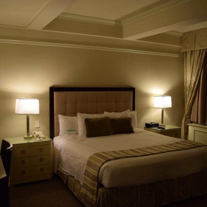 החדר (פרמייר קינג) מלון וורוויק ניו יורק