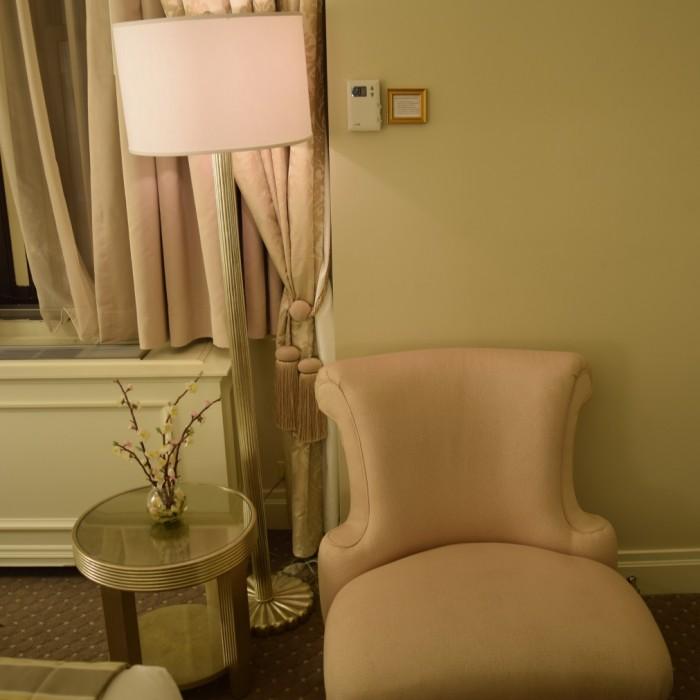 כורסא מלון וורוויק ניו יורק