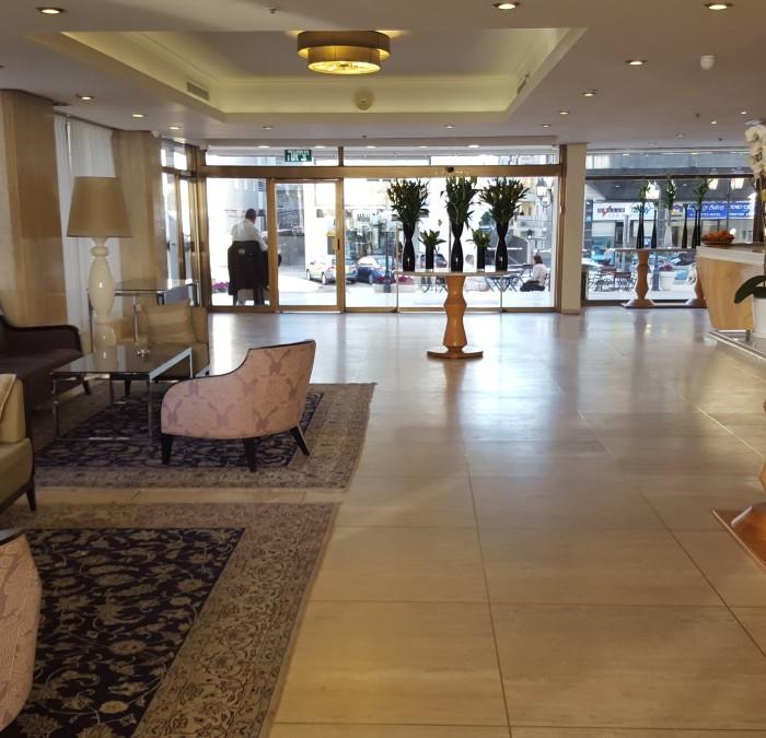 הכניסה מלון אורכידאה תל אביב