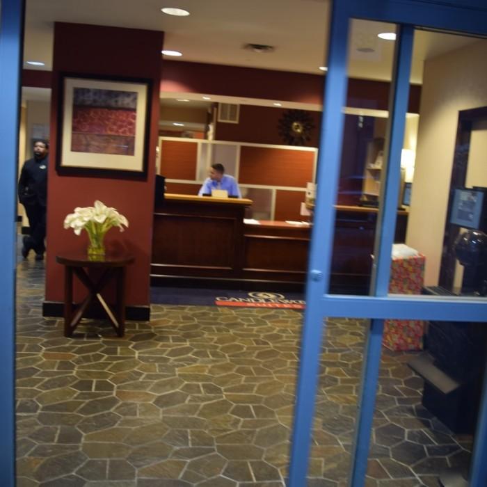 הכניסה מלון קנדלווד ניו יורק
