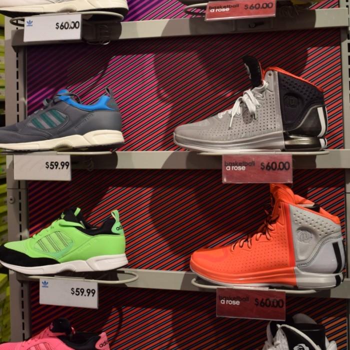 נעלי כדורסל אדידס